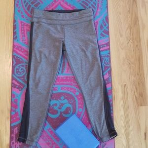 Lululemon full length yoga pants SZ 10